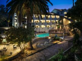 Holiday Inn Resort - Catalina Island, hotel with jacuzzis in Avalon