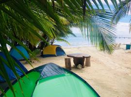 Camping Lunas Bar, campground in Mahahual