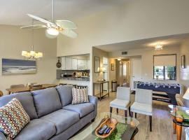 Gainesville Townhome w/ Pool Access - 5 Mins to UF