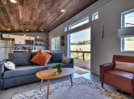 Exceptional Fairplay Home w/ Deck + Valley View!, hotel in Fairplay
