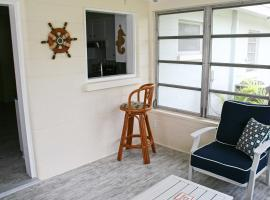 Venice Home w/Fire Pit & Grill - 10 Mins to Beach!
