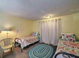 Poconos Lake Home w/Comm Pool, Paddle Boat & Dock!, family hotel in Mount Pocono