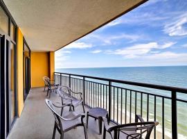 Beachfront Myrtle Beach Condo w/ Pool & Ocean View, villa in Myrtle Beach