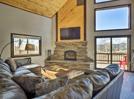 Large Fairplay Cabin w/Incredible Views near Breck, hotel in Fairplay