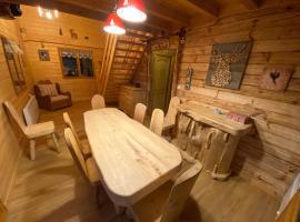 Vara 10 Basta Chalets I Jurabergen Frankrike Booking Com
