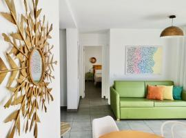 The Blue Corner Apartments, pet-friendly hotel in Puerto de la Cruz