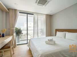 Luxy Park Hotel & Apartments-City Centre, apartment in Ho Chi Minh City