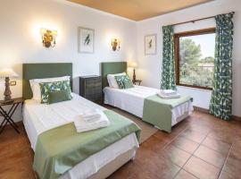 Villa Quinta Marinha - 9 bedroom villa 20 guests stunning location overlooking sea huge private p