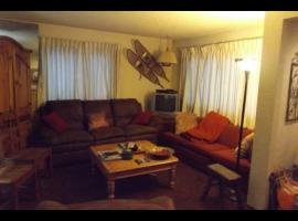 Steamboat Springs Townhome condo Cypress private berdroom