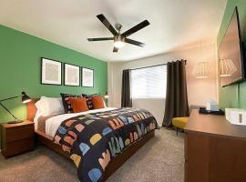 STYLE-COMFORT-LOCATION: Old Town Scottsdale area
