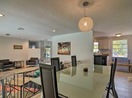 Sarasota Home w/Large Backyard & Water Access