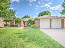 Lubbock Home w/ Deck & Yard - 8 Miles to TTU!