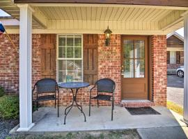 Charming Oxford Home ~1 Mi to Ole Miss Campus