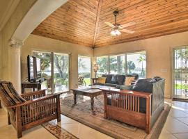 Hollywood Home w/Yard+Views Less Than 2Mi to Beach!