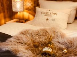 """Golden GaPa """"Gasthof zum Lamm"""", hotel near Burgruine Werdenfels, Garmisch-Partenkirchen"""