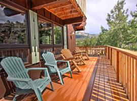'Peaceful Pines' Estes Park Home w/Longs Peak View