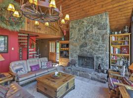 Cozy Breck Home w/Private Deck, Hot Tub, Mtn Views