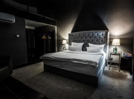 Black Hotels Köln, hotel in Cologne