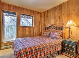 Cabin on 4 O'Clock Run, Ski-In/Ski-Out Access