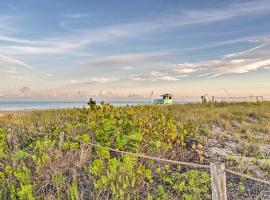 Updated Venice Beach Apartment: Walk to Beach