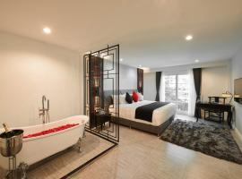 The Quarter Phromphong by UHG, hotel v mestu Bangkok