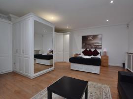 Hyde Park Gate Rooms