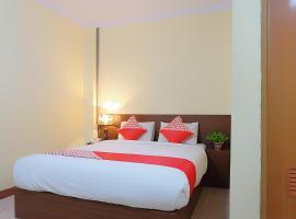 OYO 1590 Hotel Jambi Prima, budget hotel in Jambi