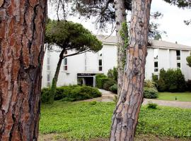 Motel Punt 14, hotel near Barcelona El Prat Airport - BCN,