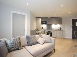 Aspen Lloyd - Luxury Apartment