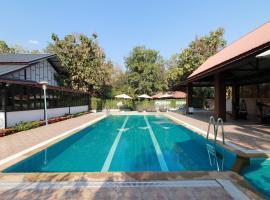 OYO 557 Tong House Resort, hotel in Chiang Mai