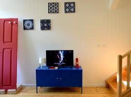 The Blue Home - Montarroio 21