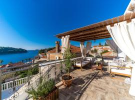 Dubrovnik-Cavtat 12 persons magic sunset Villa with pool, hotel in Cavtat