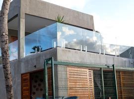 Casa entre rio e mar, hotel with pools in Marechal Deodoro