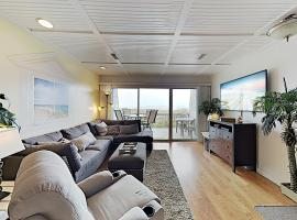 New Listing! Oceanfront Townhouse w/ Balconies townhouse