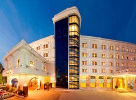 Anandha Inn