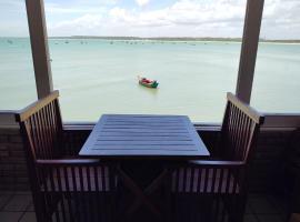Pontal dos Sonhos - Suites Enseada Beira Mar, accessible hotel in Coruripe