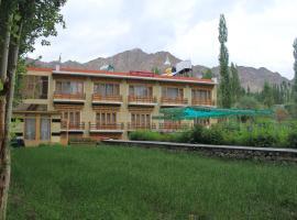 hotel kunzang Leh Ladakh
