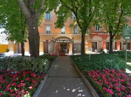 Zanhotel Regina, hotel in zona Quadrilatero Bologna, Bologna