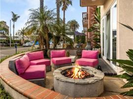 252- Four Bedroom, hotel in Huntington Beach