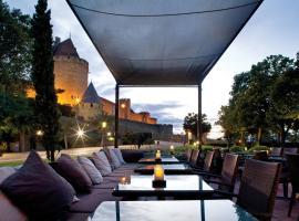 Hôtel du Château & Spa - Les Collectionneurs, hotel with jacuzzis in Carcassonne