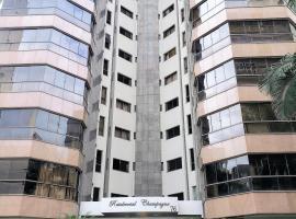 Apartamento amplo no coração de Balneário Camboriú