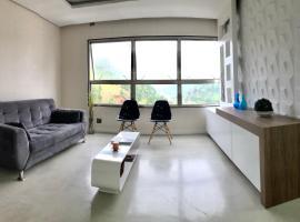 Apartamento em Home Club