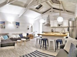 Heart of the Old Town - Marine Penthouse - 150m from the sea