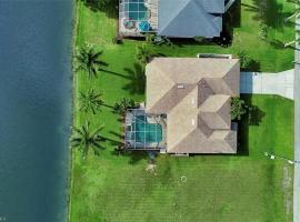 FLORIDA GOLF VACATION VILLA villa, Ferienunterkunft in Cape Coral