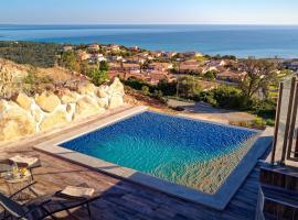 Appartement/Maison neuve/Vue panoramique/Solenzara, hotel in Sari Solenzara