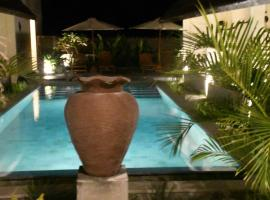 Bruga Villas Restaurant and Spa, hotel near Selong Belanak Beach, Selong Belanak