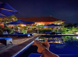 Penida Sunset Ocean View Bungalows, hotel in Nusa Penida