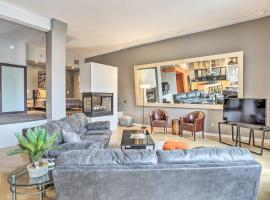 Dwtn Condo: Walk to Stadiums, Museums, Bars & More