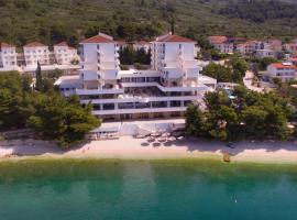 Hotel Labineca, room in Gradac