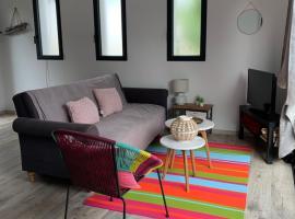Dépendance dans villa cossue, hotel in Le Grau-d'Agde